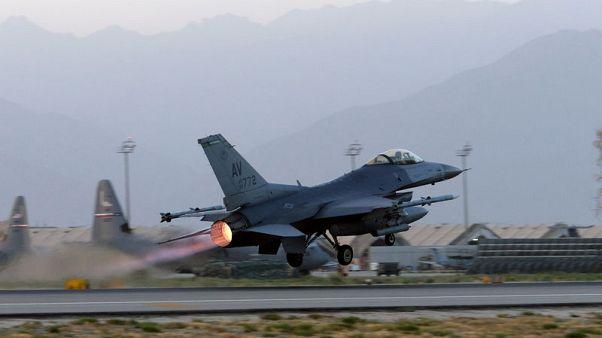 U.S. fighter pilots in Afghanistan prepare for more air strikes