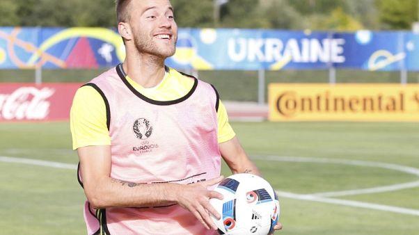 Dortmund sign Yarmolenko three days after Dembele sale