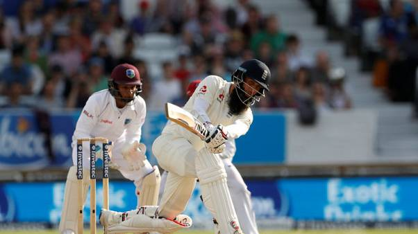 Moeen delivers again as England take charge