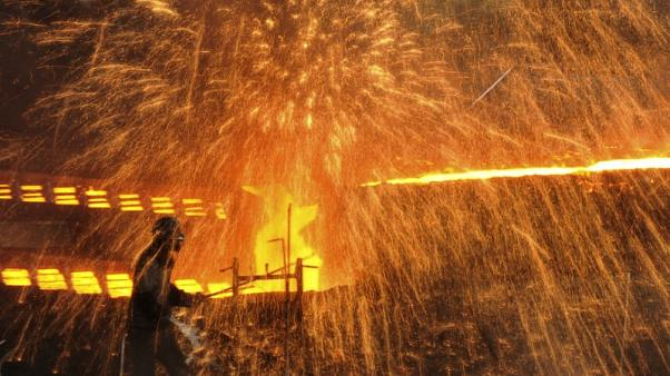 China steel PMI rises to 16-month high in August on strong production