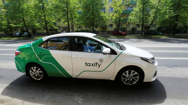 Taxify takes on Uber in crowded London taxi-hailing market