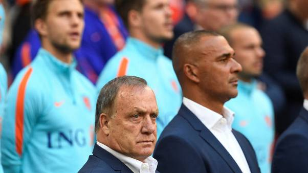 Gullit apologises for Dutch changing-room video