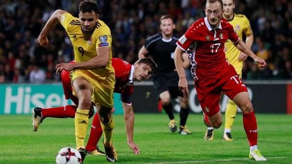 Wasteful Wales leave it late to beat Moldova 2-0
