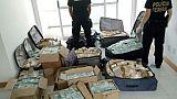 Brésil/corruption: plus de 16,3 millions de dollars saisis dans une cache