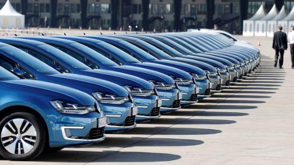 German state CDU backs automotive outsider as next Volkswagen CEO