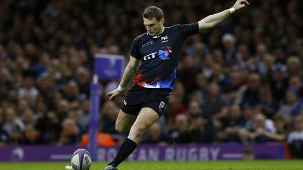 Wales flyhalf Biggar to join Northampton in 2018