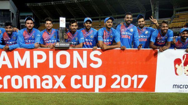 Cricket-India clinch T20 to complete tour whitewash in Sri Lanka
