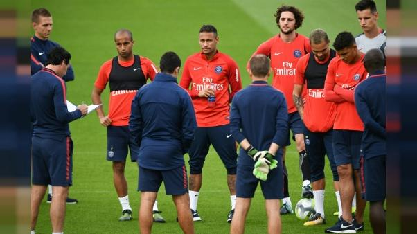 Ligue 1: plus de 400 M EUR dépensés par le PSG, mais Emery devra bricoler