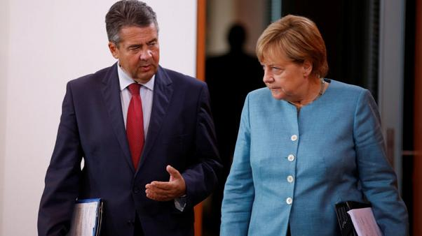 Merkel ally criticises minister's comments on Russia sanctions