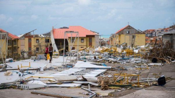 Aux Bahamas, certains refusent de céder à Irma