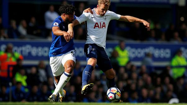 Kane double leads Tottenham to victory at Everton