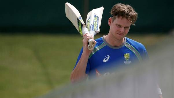 Smith sees no spin threat for Australia in India