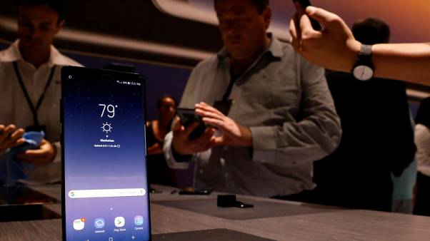 Samsung Elec's Galaxy Note 8 pre-orders highest among Note series - executive