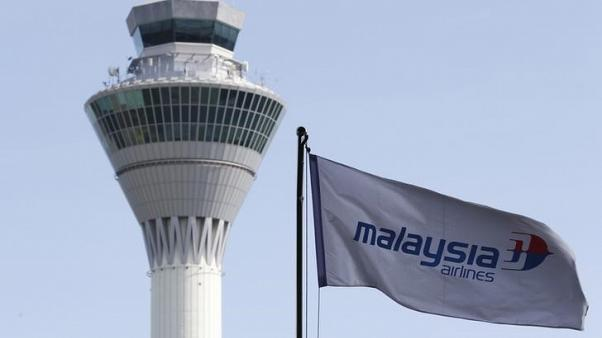 Malaysia Airlines to announce deal to buy eight Boeing 787 jets - sources