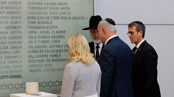 Israel premier, in Argentina, lauds effort to solve 1994 bombing of Jewish centre