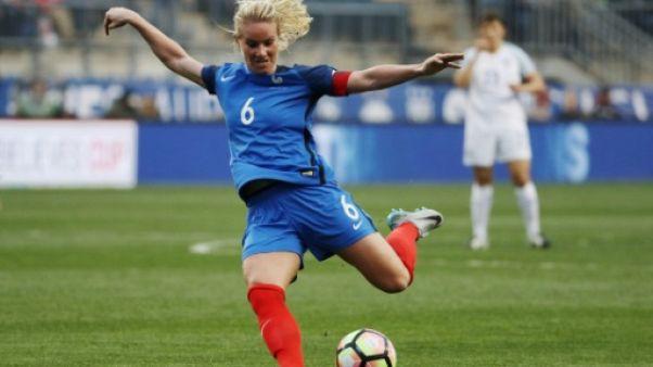"""Amandine Henry, en contact avec Lyon, """"envisage"""" un retour en France"""