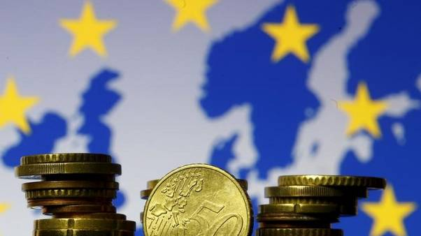Ministers to debate euro zone future, closer integration eyed