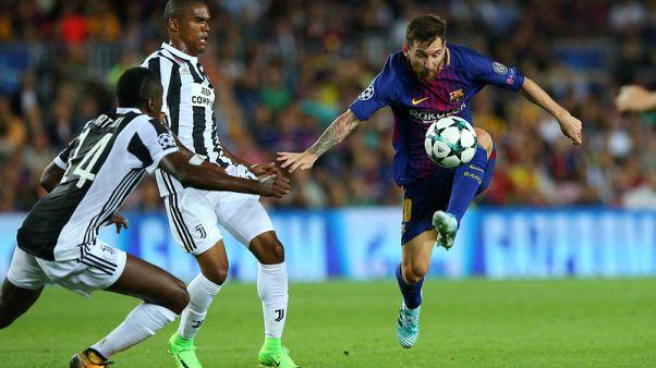 Magic Messi leads Barca demolition of Juventus
