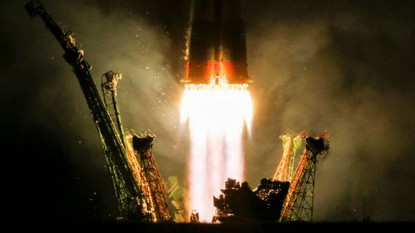 U.S., Russian crew blasts off for space station