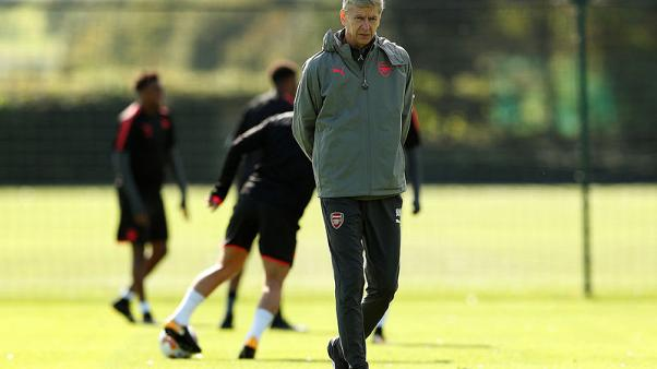 Wenger prefers top-four finish over Europa League glory