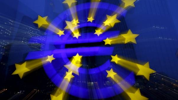 Don't fear the euro: investors stick with European stocks