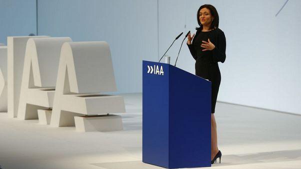 Facebook won't make cars, Sandberg reassures Germany