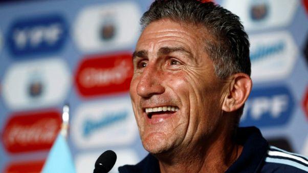Saudi Arabia name Bauza to replace Van Marwijk as coach