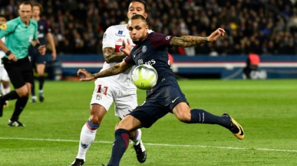 Kurzawa (PSG) cible de maîtres chanteurs, une nouvelle vidéo embarrasse le foot français