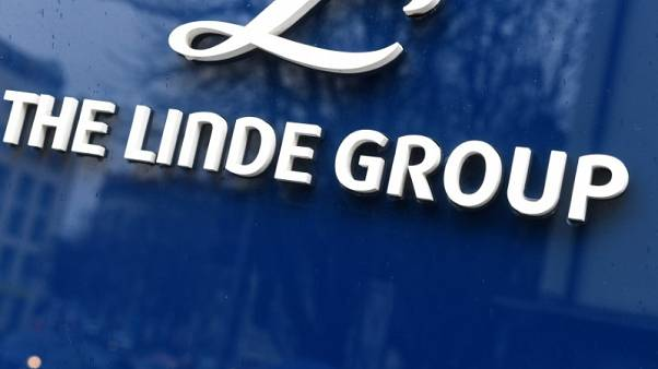 Norway's $1 trillion wealth fund backs Linde-Praxair deal