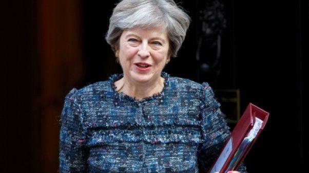 Brexit: Theresa May réunit son gouvernement jeudi, veille de son discours