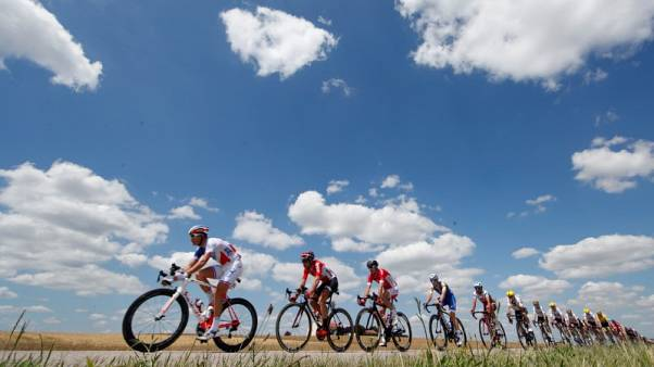 UCI agrees to reduce team sizes in 2018 Grand Tours