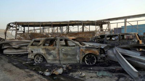 Irak: 3 morts dans une double attaque suicide revendiquée par l'EI