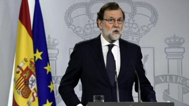 Espagne: Rajoy demande aux indépendantistes de renoncer à l'escalade