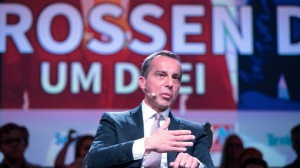 Le chancelier social-démocrate autrichien, Christian Kern, ici lors d'un débat télévisé le 15 septembre 2017, souhaite que la discussion sur l'intégration des migrants ne soit plus un tabou.