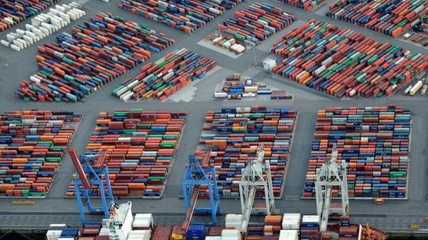WTO says global trade rebounding, protectionism still a risk