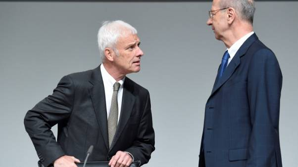 Volkswagen chairman doesn't rule out outsider as next CEO