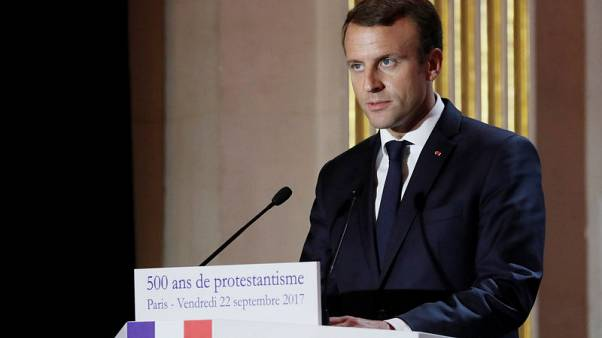 French government says investment spending will not affect deficit