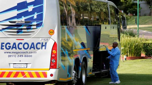 Dutch tourist group cuts South Africa visit short after armed bus robbery