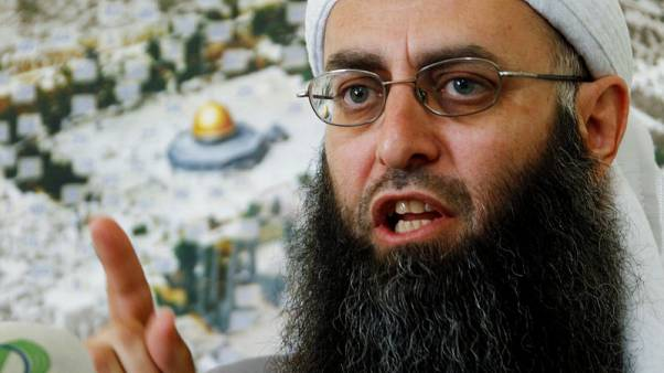 Lebanon sentences Islamist cleric to death for attacks on army