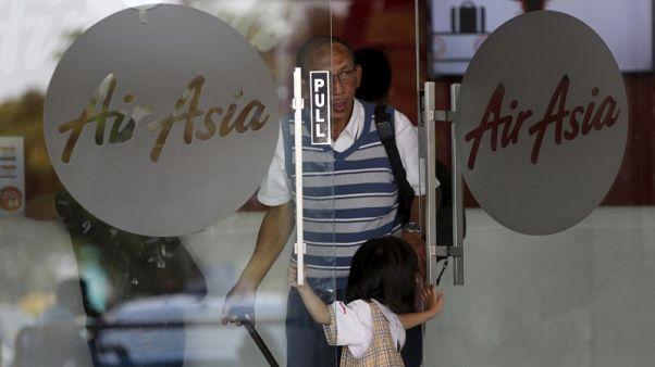 Philippines' AirAsia seeks to raise $250 million via IPO in mid-2018