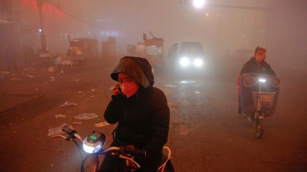 China sees difficulty meeting 2017 air quality targets - minister