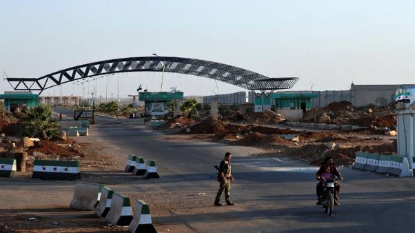 Syrian rebels resist Jordan pressure to hand over border crossing