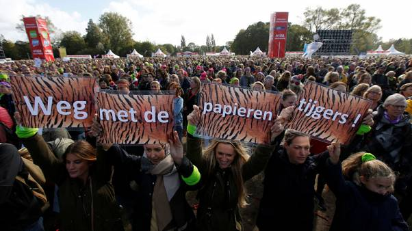 Classrooms deserted - 90,000 Dutch elementary school teachers strike
