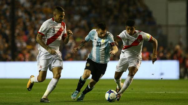 Peru stalemate leaves Argentine teetering on the brink