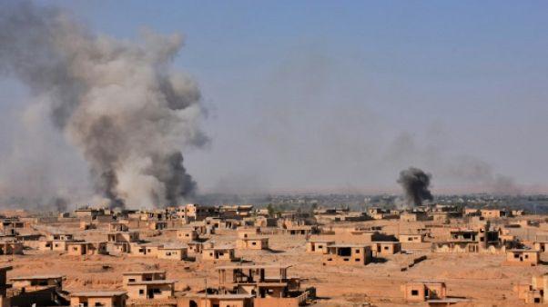 Syrie: 14 civils fuyant les violences tués dans des raids russes (ONG)