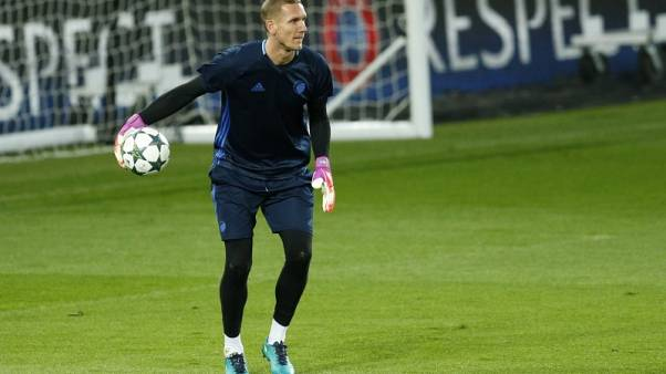 Swedes do not fear Dutch showdown, says keeper Olsen