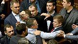 """L'Ukraine prolonge le """"statut spécial"""" pour l'Est rebelle"""