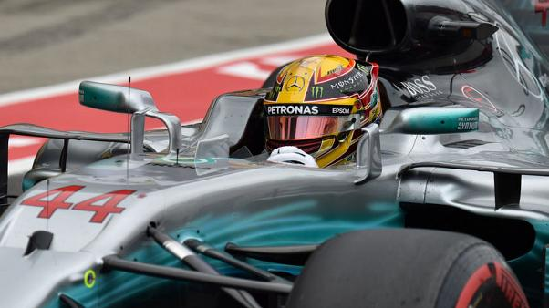 Rosberg hails 'supreme' performance by Hamilton