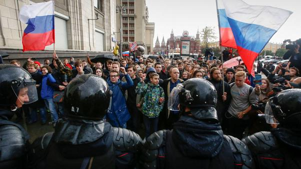 Russian opposition calls for Putin to quit at Moscow rally