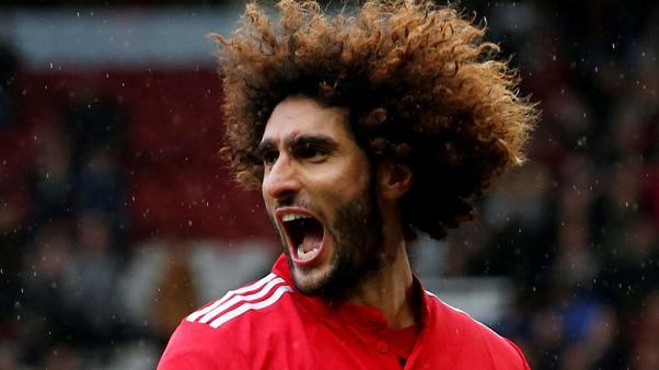 Man United's Fellaini suffers knee injury ahead of Liverpool clash